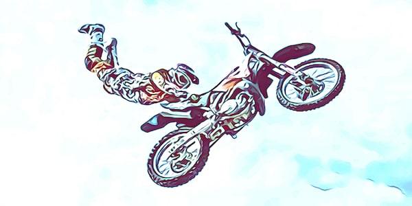 Motorrad fahren ist vor allem im Straßenverkehr gefährlich